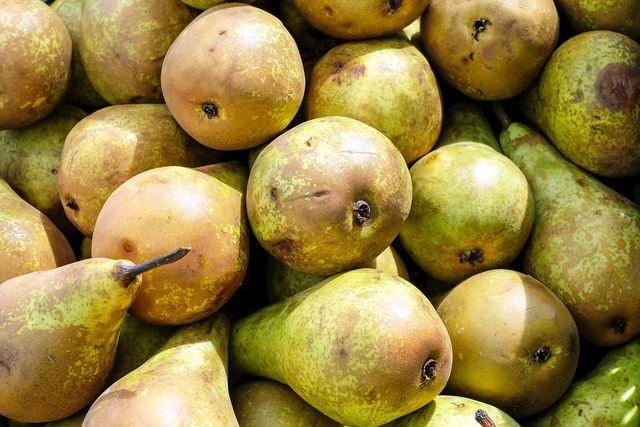 Auch bei Birnen sind die Kerne essbar.