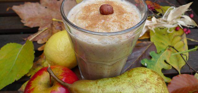 """Smoothie-Rezepte: """"Eichhörnchens Liebling"""" mit Apfel, Birne und Nüssen"""