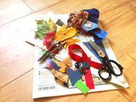 Bastel-Utensilien für den Geschenkpapierhalter