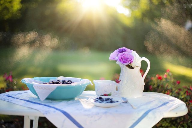Mindful Eating helps create a balanced meal