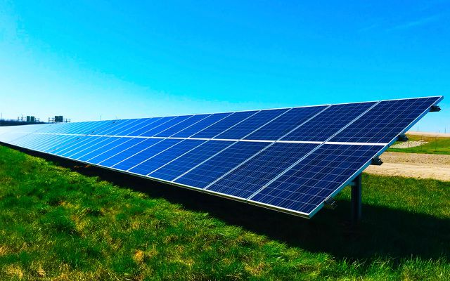 Switch to green energy electricity sustainable household