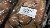 Ganz schlecht: In Plastik eingeschweißte Süßkartoffeln aus den USA