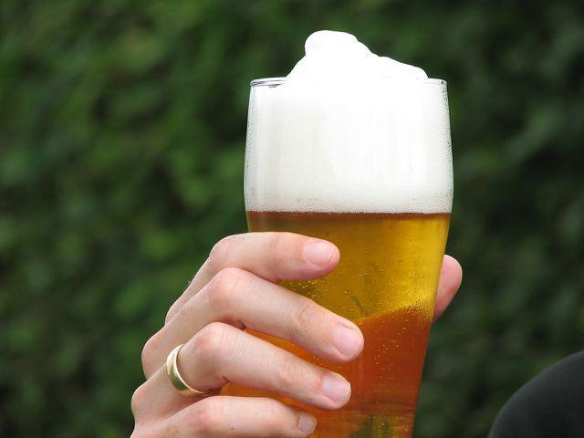 Hefe wird auch verwendet, um Bier zu brauen.