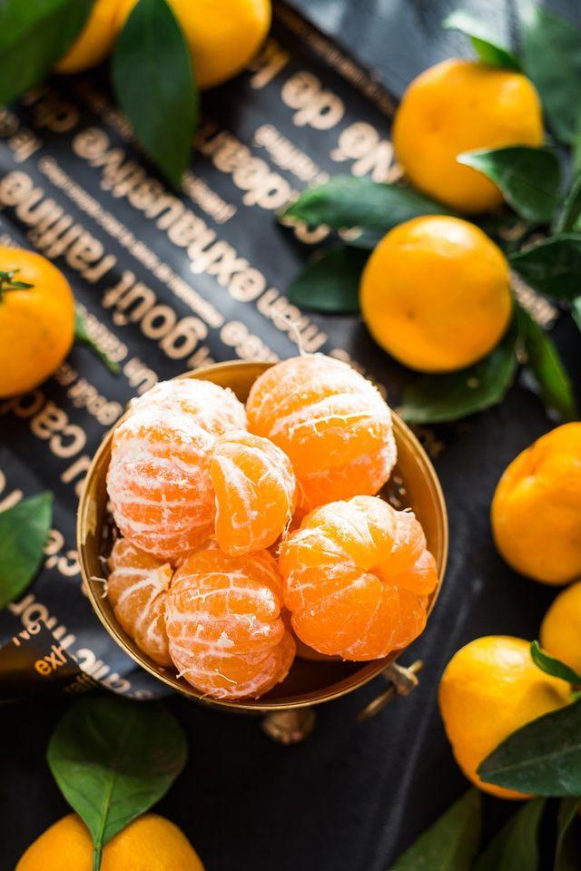 Saftige Mandarinen verleihen dem Schüttelkuchen seine Frische.