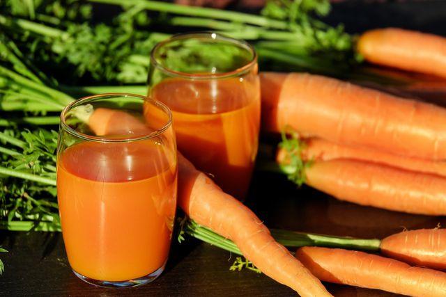 Karotten enthalten viel Betacarotin - eine Vorstufe von Vitamin A.