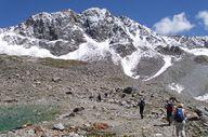 Wanderer in Richtung Rettenbachjoch Fernwanderwege Europa
