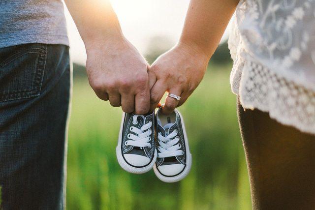 Ein Ziel von Co-Parenting ist es, Konflikte zwischen den Eltern und damit verbundenen negativen Auswirkungen auf das Kind zu vermeiden.