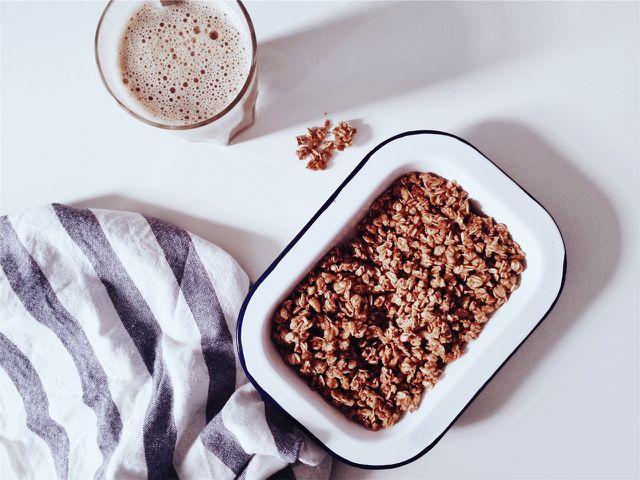 Hafermilch – beliebter Milchersatz beim Frühstück