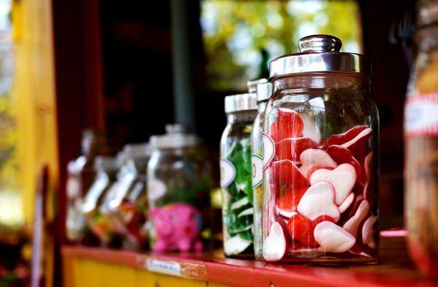Reduziere Schritt für Schritt Fertigprodukte und Süßigkeiten von deinem Ernährunsgplan.