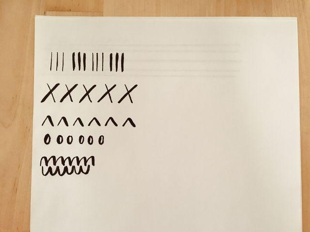 Mit einfachen Bewegungen lernst du dein Schreibgerät kennen.