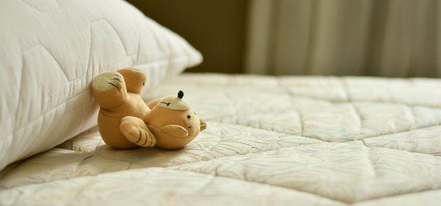 Matratze Reinigen Tipps Und Hausmittel Gegen Flecken Utopiade