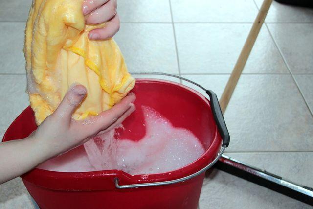 Limonene stecken in vielen Reinigern.