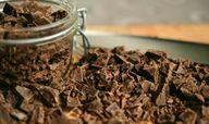 DIe Qualität der Schokolade ist entscheidend für deine selbstgemachte Schokoglasur.