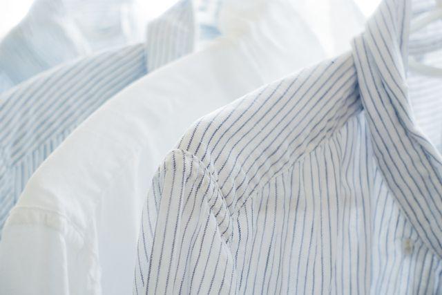 Bei weißer Wäsche kann der Waschball zum schnelleren Vergrauen führen.