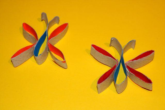 Frühlingsdeko basteln: Diese Schmetterlinge bringen Farbe in deine Wohnung.