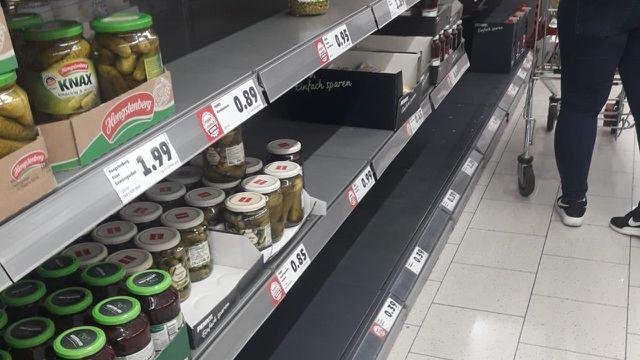 Supermarkt, Regale, Coronavirus