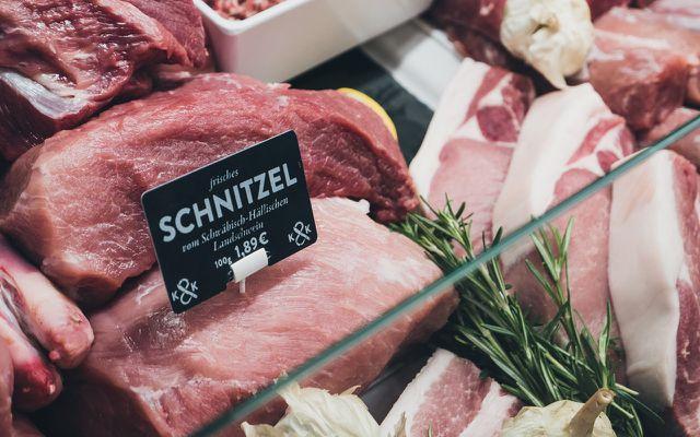 Fleisch kaufen: regional vom Metzger