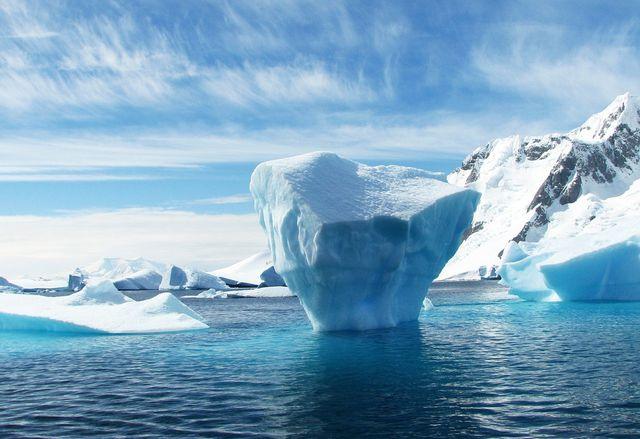 Jedes Frühjahr entsteht über der Antarktis ein Ozonloch.