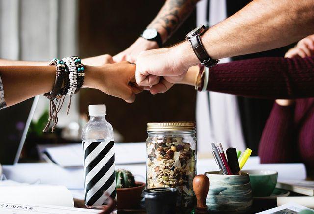 Den Keller könnt ihr gut gemeinsam aufräumen, wenn ihr klare Ziele definiert.