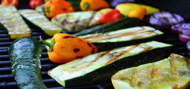Bei einer abwechslungsreichen ausgewogenen Ernährung sind Nahrungsergänzungsmittel überflüssig.