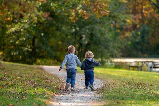 Durch Bewegung werden die Abwehrkräfte deines Kindes gestärkt.