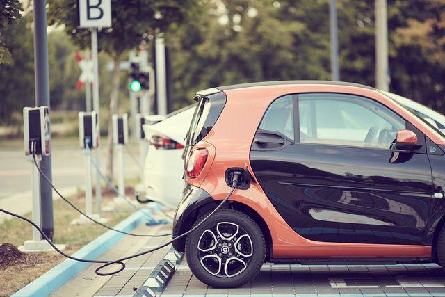 Subventionen gibt es für Elektroautos.