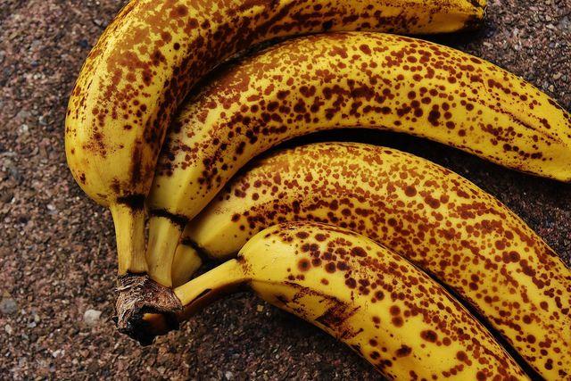 Nährwerte von Bananen: Reife Bananen haben einen höheren Zucker-Anteil.