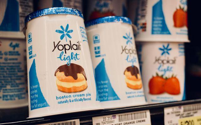 Light yogurt yoplai
