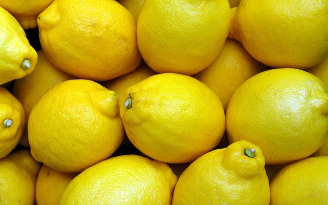remove deodorant stains with lemon
