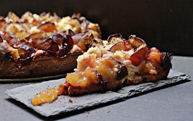preserving plums - plum cake