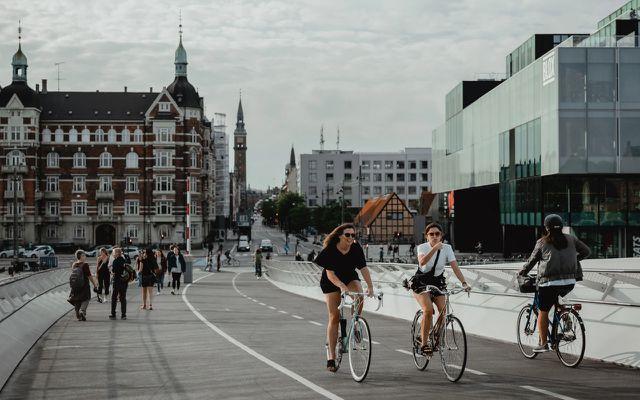 Fahrradwege ausgebaut: Kopenhagen möchte klimaneutral werden