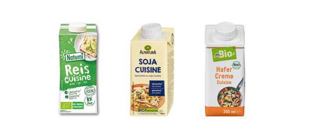 Vegane Sahne-Alternativen verschiedener Bio-Hersteller.
