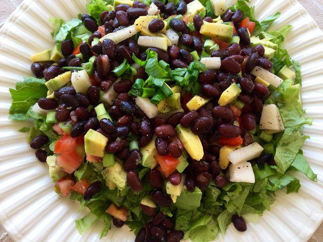 Ernährungsexperten empfehlen bei Rheuma eine überwiegend pflanzliche Kost.