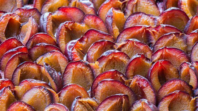 Zwetschgen schmecken auch als Muß sehr gut – probiere doch mal unser Rezept für Zwetschgenmuß.