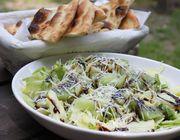 Frühlingssalat mit Rucola