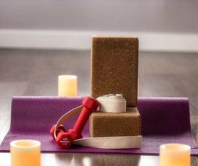 Yogablock für einfaches Üben.