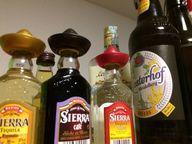 Zu viel Alkohol kann zu Bluthochdruck führen.