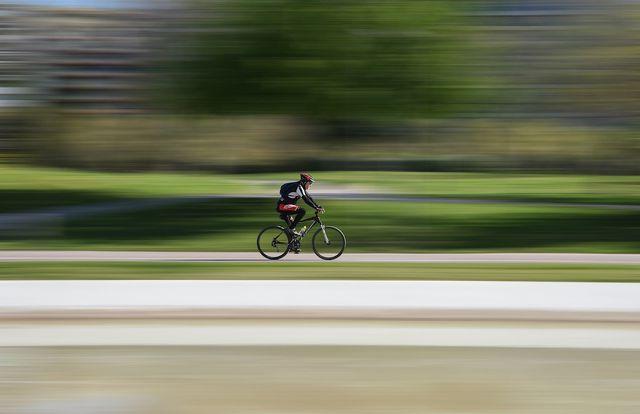 Fahrradfahren ist Sport unterwegs.