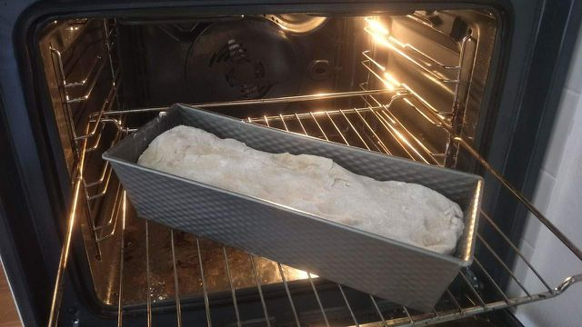 Weißbrot backen: Rezept für frisches Brot