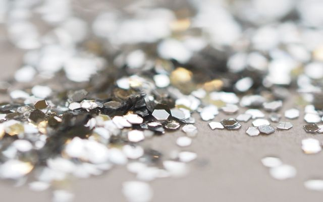 Microplastics in glitter what is glitter made of?