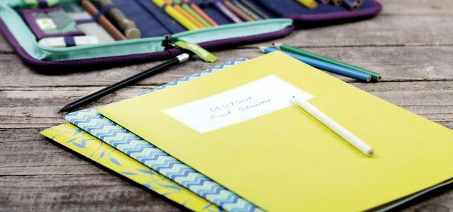 Weniger Plastik in Schulränzen und Klassenzimmern: Hefte aus Papier sind eine schöne und ökologische Alternative