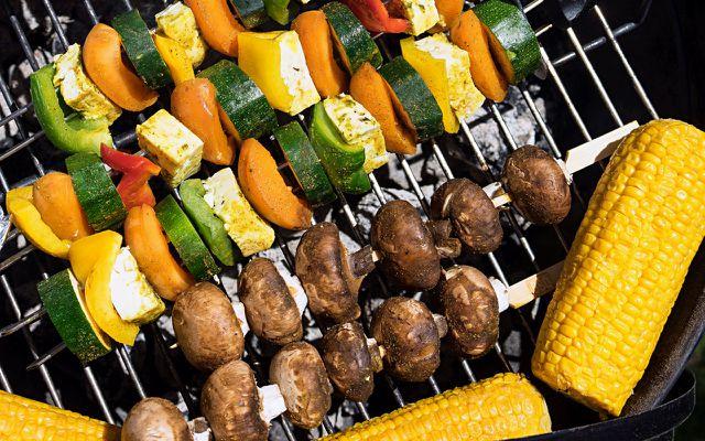 Vegetarisch und vegan grillen geht auch