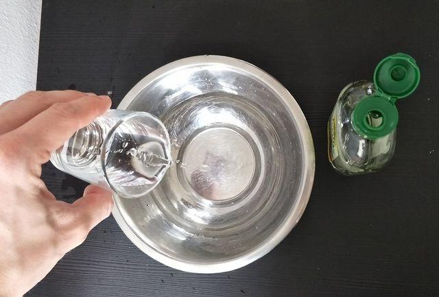 Kaffeemaschine mit Essigessenz entkalken
