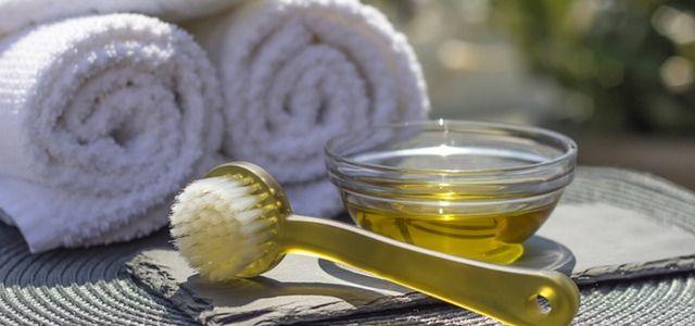 Olivenöl Für Die Haare So Geht Die Natürliche Haarpflege Utopiade