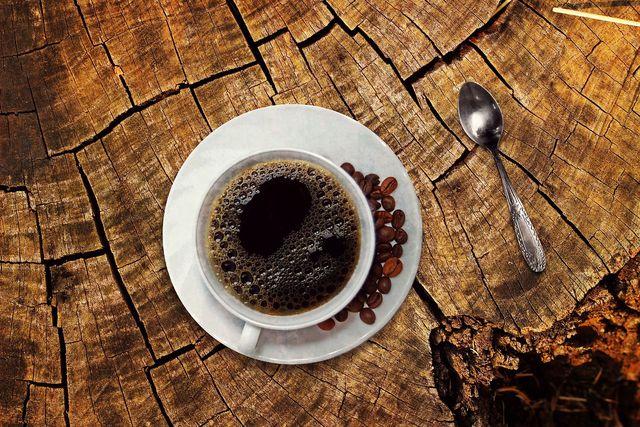 Kaffee ist nicht gut, wenn dir schwindlig ist