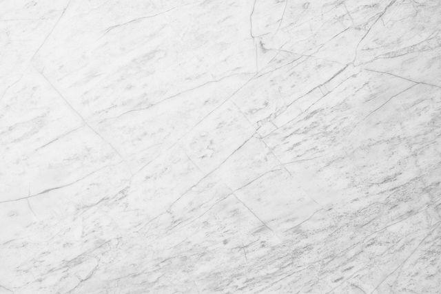 Neben der richtigen Reinigung von Marmor ist es wichtig, Abnutzungen vorzubeugen.