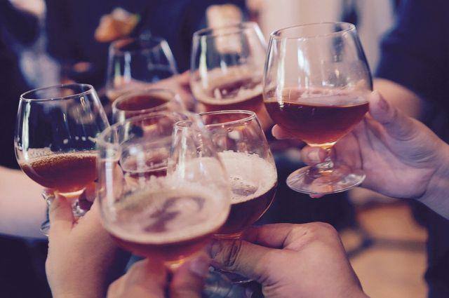 Auch Alkohol kann eine Histaminintoleranz auslösen.