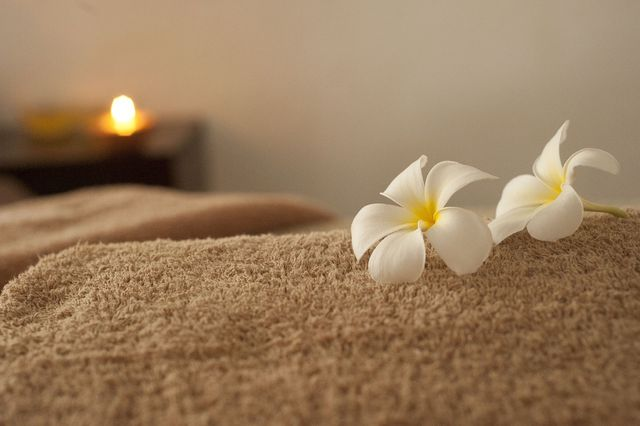 Eine traditionelle Shiatsu-Massage dauert maximal 90 Minuten.