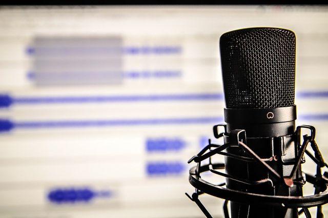 Im Corona-Podcast von Kekulé geht der Virologe in erster Linie auf Bevölkerungsschutz und unsere Reaktionen auf den Virus ein.