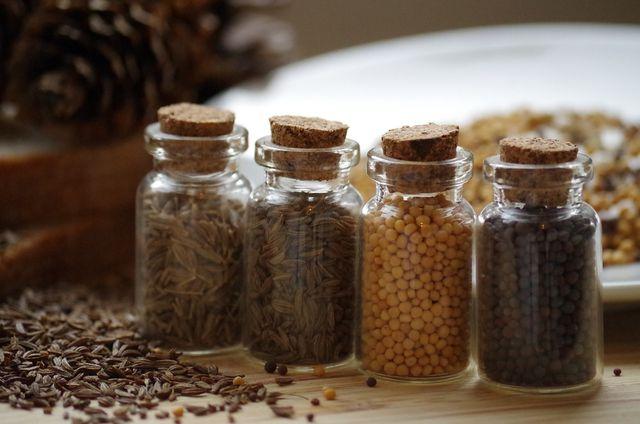 Kreuzkümmel bereichert mit seinem Geschmack zahlreiche Speisen in der Küche.